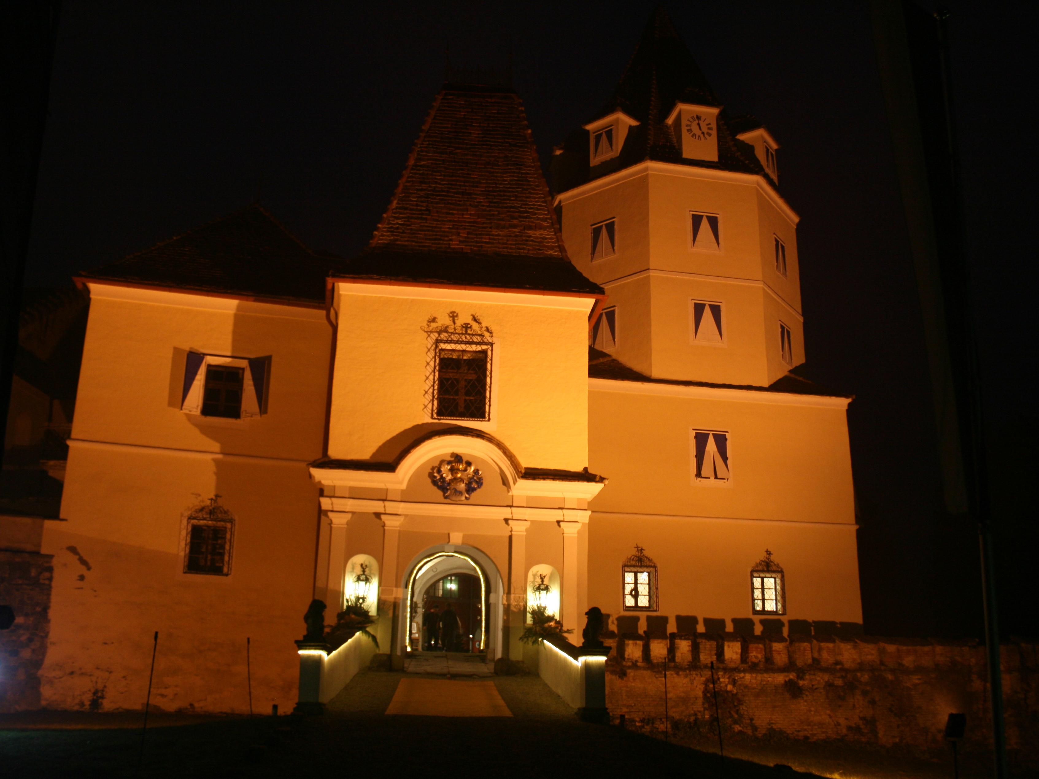 Schloss Kornberg bei Riegersburg im Herbst