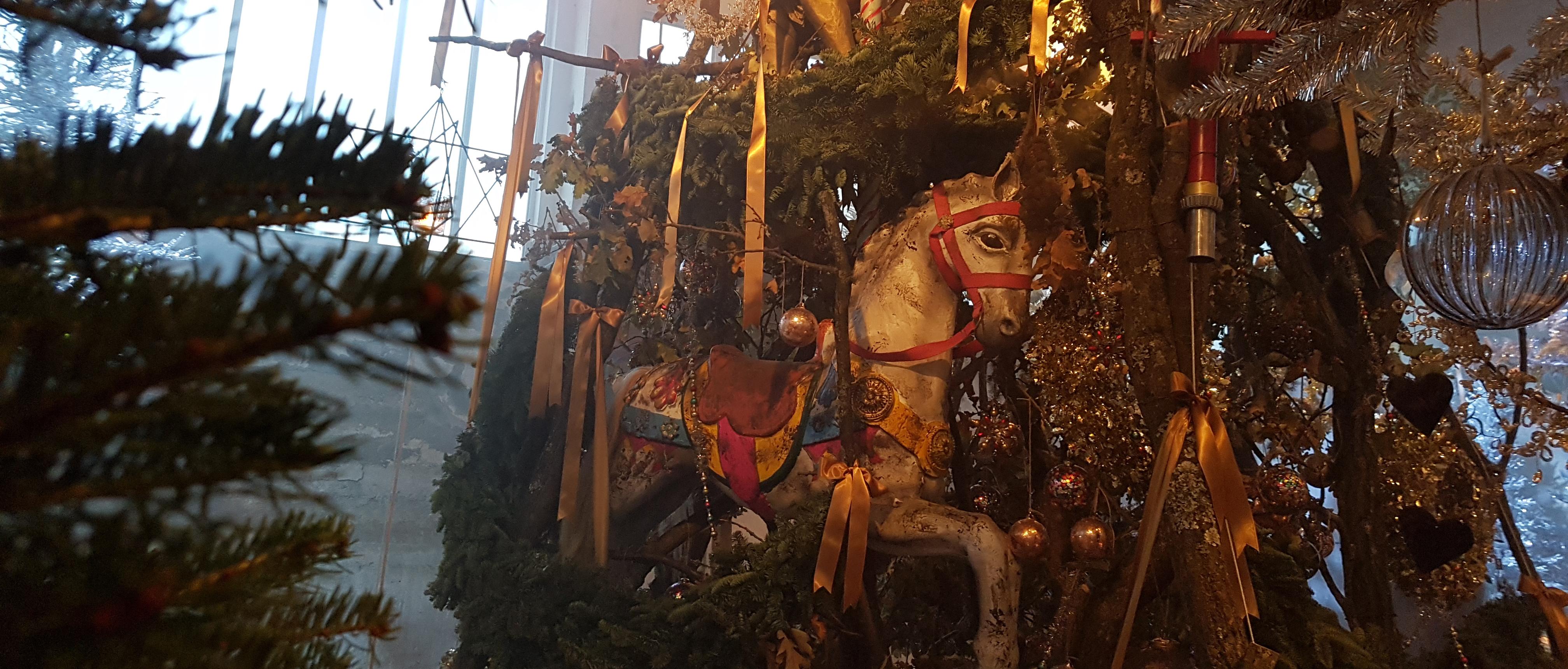 Weihnachtsausstellung Schlicht Barock in Feldbach